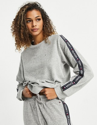 Tommy Hilfiger ribbed soft velour lounge sweatshirt in gray heather
