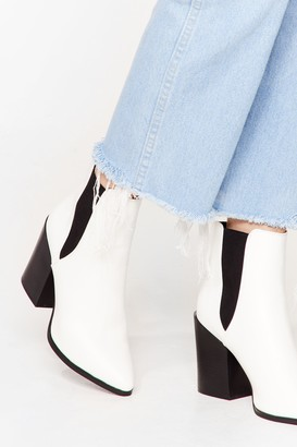 Nasty Gal Womens Walk Away Faux Leather Chelsea Boots - White - 5, White