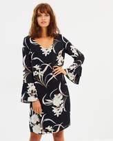 Wallis Pretty Oriental Flute Sleeve Dress