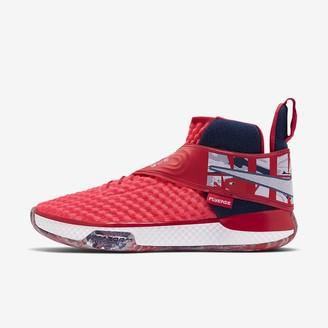Nike Basketball Shoe UNVRS FlyEase