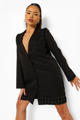 boohoo Eyelet Hem Detail Blazer Dress