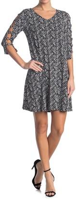 MSK Grommet Sleeve V-Neck Dress