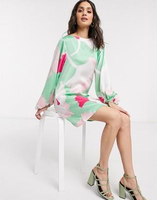 Liquorish mini shift dress with oversized dandelion print