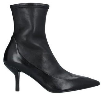 Diane von Furstenberg Women's Boots