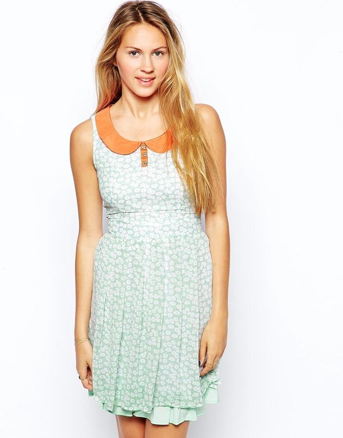 Yumi Acacia Daisy Dress with Contrast Collar