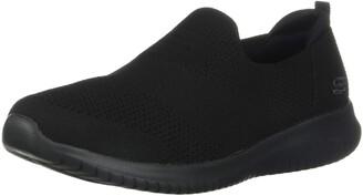 Skechers Women's Ultra Flex-Harmonious Shoe