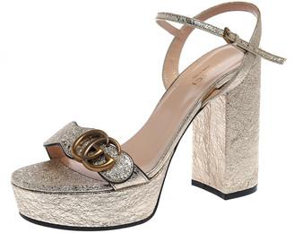 Gucci Gold Crackled Leather GG Marmont Platform Sandals Size 37