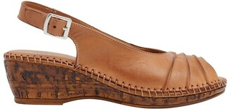 Wide Steps Dex Tan Glove Sandal