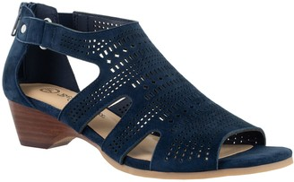 Bella Vita Leather Wedge Sandals- Quinby