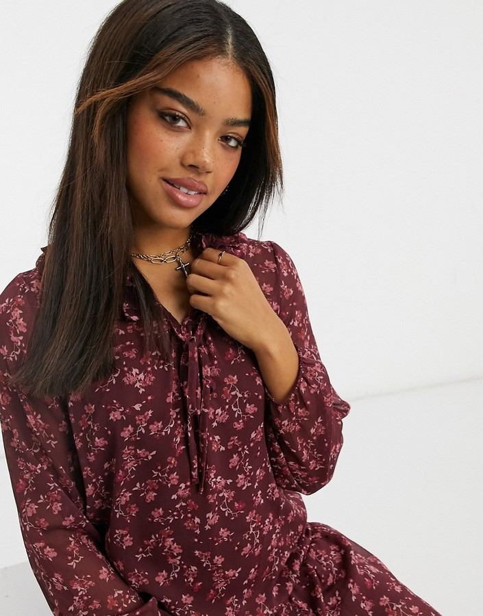 Thumbnail for your product : New Look frill neck chiffon smock mini dress in purple floral