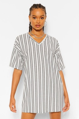 boohoo Stripe Rib V Neck Shift Dress