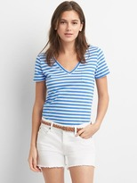 Gap V-neck stripe pocket tee