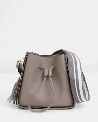 Belle & Bloom Daisy Leather Bucket Bag
