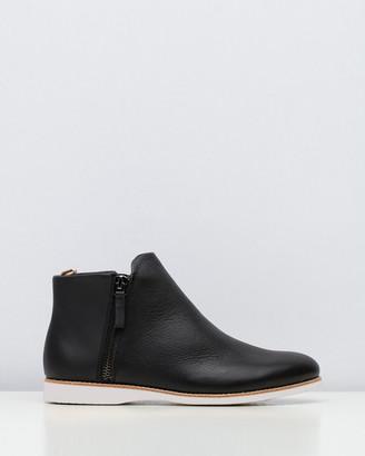 Roolee Side Zip Boots