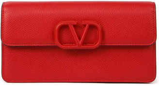Valentino Garavani Vsling Grainy Red Leather Wallet With Chain Strap