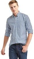 Gap True wash pinstripe slim fit shirt