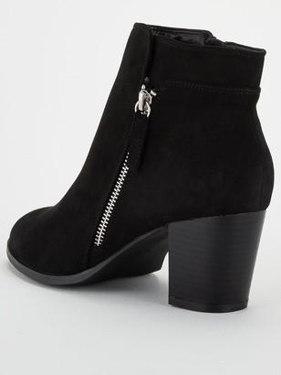 Very Wide Fit Fleet Zip Low Heel Ankle Boot - Black