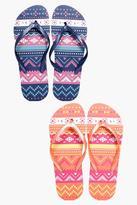 Boohoo Tegan Aztec Print Two Pack Flip Flop