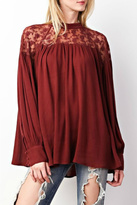 Easel Rusty Lace Top
