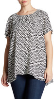 Vince Camuto Falling Cubes Hi-Lo Tee (Plus Size)