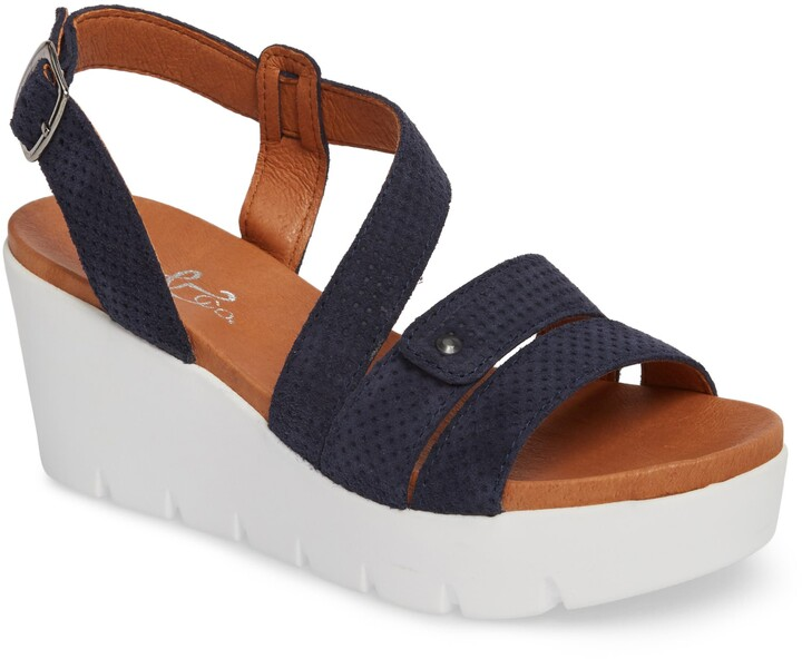 14cfe8cae8d3d Bos. & Co. Sandals For Women - ShopStyle Canada