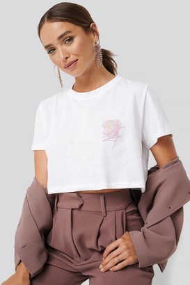 NA-KD Flower Cropped Tee