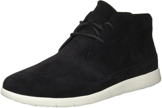 UGG Men's Dustin Chukka Chukka Boot