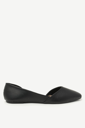 Ardene Pointy Faux Leather Flats