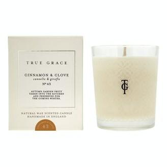True Grace - Cinnamon And Clove Village Classic Candle