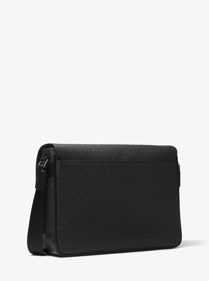 Michael Kors Jet Set Logo Messenger