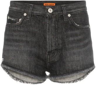 Heron Preston distressed hem denim shorts