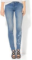 New York & Co. Soho Jeans - Floral Legging - Blue Lotus Wash
