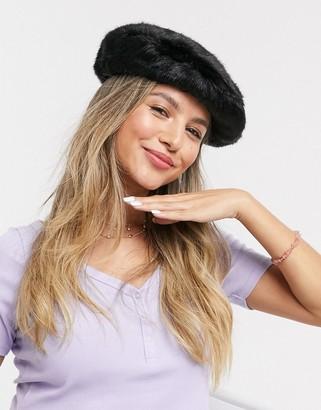 Skinnydip luna hat in black