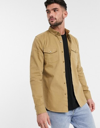 New Look long sleeve double pocket twill shirt in camel-Beige