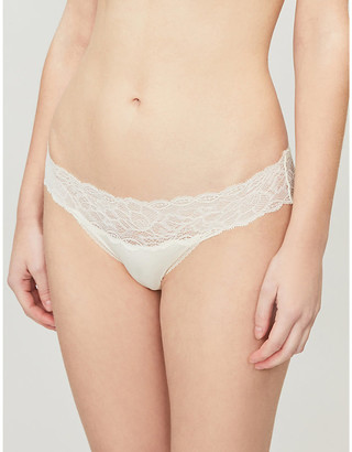 Calvin Klein Seductive Comfort stretch-lace and jersey briefs