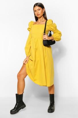 boohoo Square Neck Shirred Sleeve Midi Skater Dress