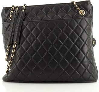 Chanel Zipped Chain Tote Quilted Leather Large