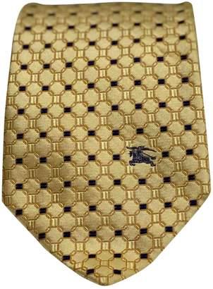 Burberry \N Gold Silk Ties
