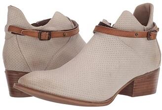 Diba True Slick Back (White Multi) Women's Shoes