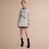 Burberry The Kensington - Mid-Length Heritage Trench Coat
