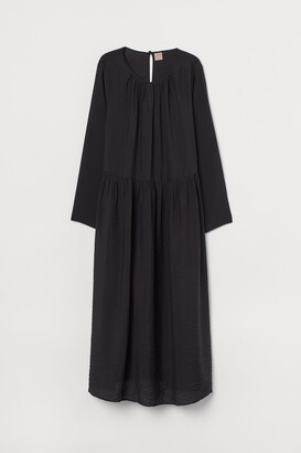 H&M H&M+ Calf-length Dress
