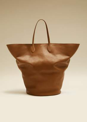 KHAITE The Large Circle Tote in Caramel Leather
