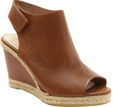Andre Assous Women's Beatrice Wedge