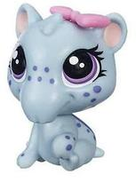 Littlest Pet Shop Get The Pets Single Pack Irina Snoutsky
