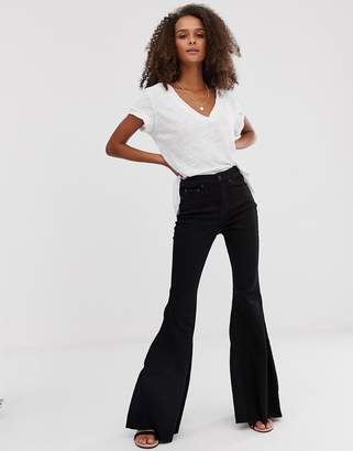 Free People Ma Cherie high waisted curvy flared jeans-Black
