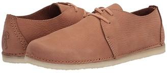 Clarks Ashton (Light Tan Nubuck) Women's Shoes