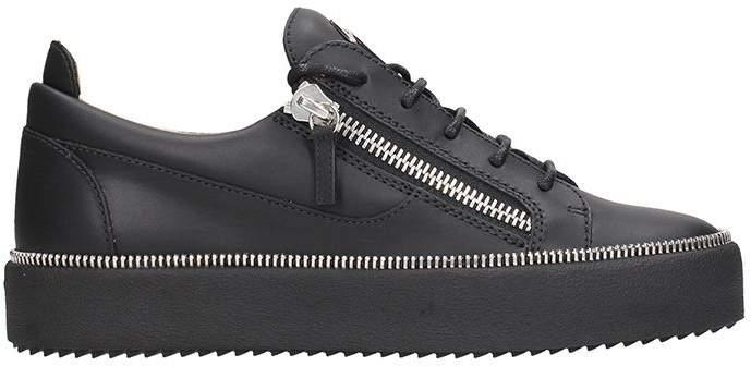 Giuseppe Zanotti Low-top Sneaker In Black Leather