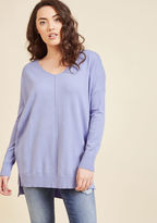 T1938 Dressed in this cornflower top, you and yours meet up with your fave couple for lunch at the park. Arepas and sweet plantains are made even more enjoyable by the drop sleeves and central seam of this V-neck sweater, which provides the laughter, smiles, an