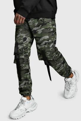 boohoo Camo Front Cargo Pocket Buckle Trouser