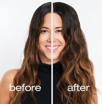 shu uemura Wata Wave Dry Texturizing Hair Spray